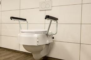 bad und wc. Black Bedroom Furniture Sets. Home Design Ideas
